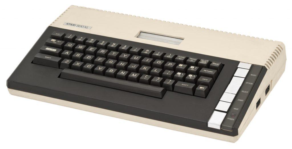 Atari 800XL computer